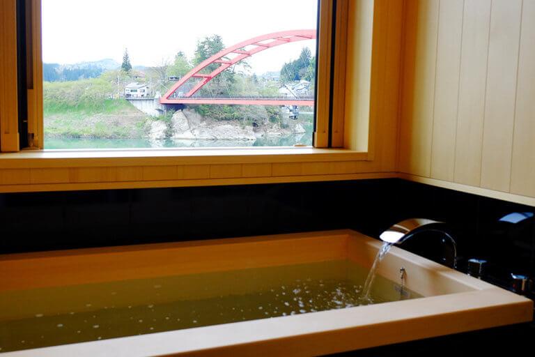 「半露天風呂付き特別客室」が誕生しました